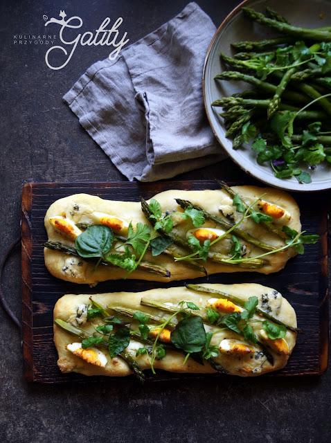 https://www.kulinarneprzygodygatity.pl/2018/05/pizza-ze-szparagami-i-jajkiem.html