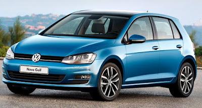 Volkswagen Golf TSI 2017 frente azul claro