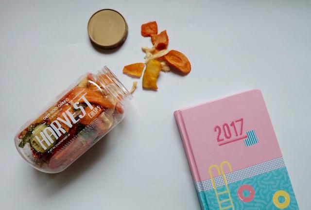 menulis kaleidoskop 2016, menulis resolusi 2017, camilan sehat harvest, cemilan sehat, keripik sehat, keripik sayur harvest