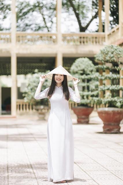 Nữ sinh Hải Phòng đẹp rạng ngời chia tay thời học sinh