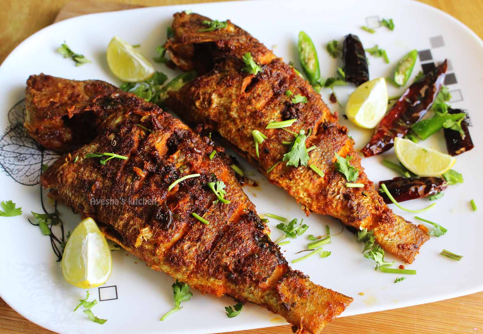 Fish fry recipe pan fried and tawa fish fry recipe for Delicious fish recipes