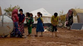 موجة كورونا محتملة تدق ناقوس الخطر بمخيمات النازحين السوريين