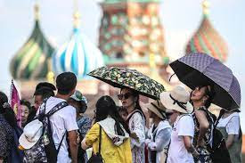 Moscow Melts In Historic June Heat Wave