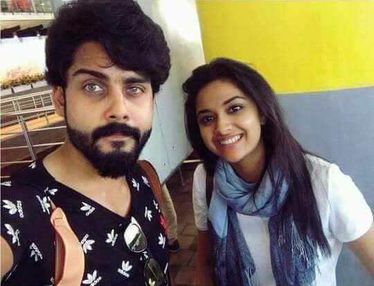 Roshan and keerthy suresh at Bairavaa shooting location