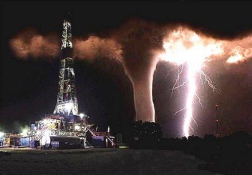 Foto Tornado yang Mengagumkan