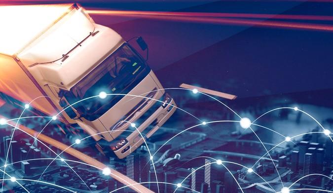 Fretefy passa a oferecer conta digital, cartão de pagamentos e débito para caminhoneiros