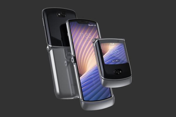بالصور: موتورولا تكشف عن هاتفها القابل للطي Razr 5G