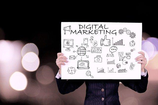 Digital Marketing Kya Hai और इससे पैसा कैसे कमाया जा सकता है