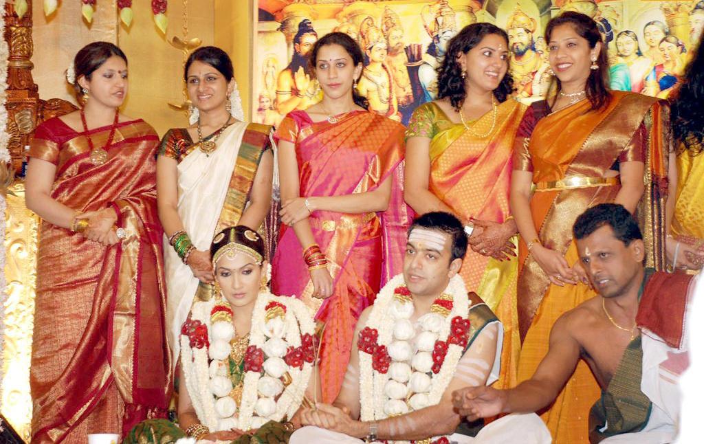 Soundarya Rajinikanth Wedding Pics