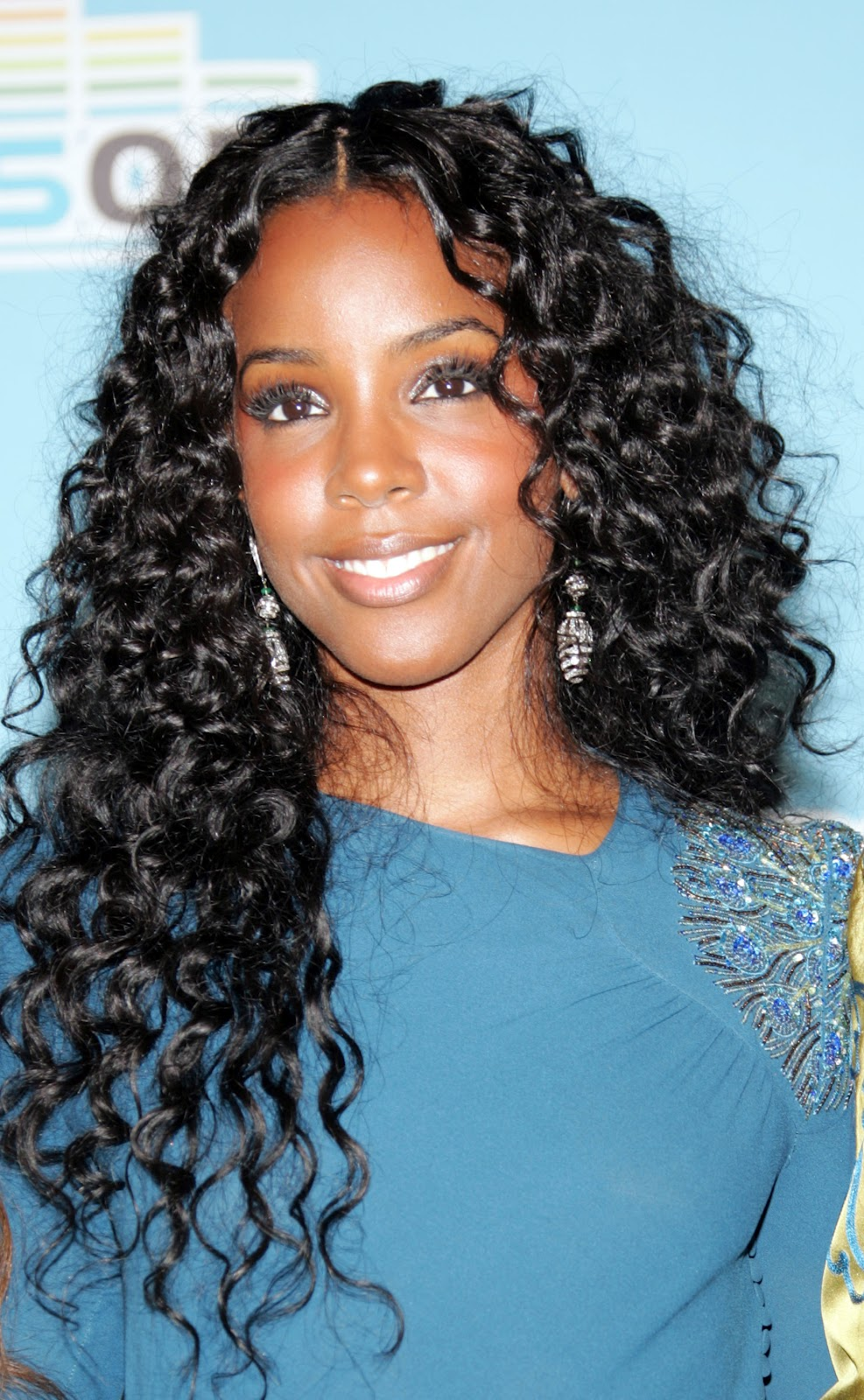 Hair For Heroes Look Book 2012: A New Life Hartz: On And On Kelly Rowland Hairstyle