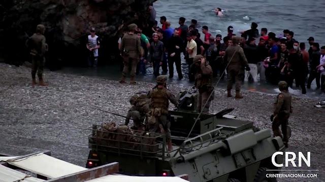 España despliega los tanques del Ejército tras la entrada de más de 6 mil migrantes en Ceuta: