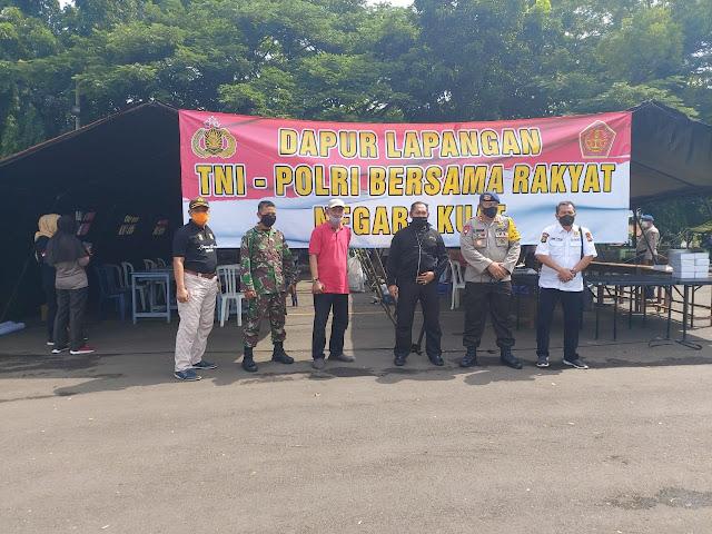TNI-Polri-Pemda Provinsi Lampung, distribusikan 52.538 nasi kotak untuk masyarakat yang terkena dampak pandemi Covid-19