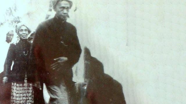 PIDATO MISTERIUS KH. NAHROWI DALHAR (MBAH DALHAR WATUCONGOL) DI MUKTAMAR NU KE-14 MAGELANG.