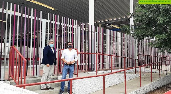 El Ayuntamiento de Los Llanos finaliza las obras del vallado de las canchas anexas al IES Eusebio Barreto Lorenzo
