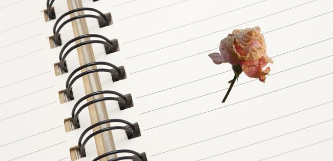 Teks cerita fiksi adalah cerita rekaan yang merupakan hasil olahan imajinasi pengarangnya Urutan Peristiwa Teks Bunga Paling Berharga