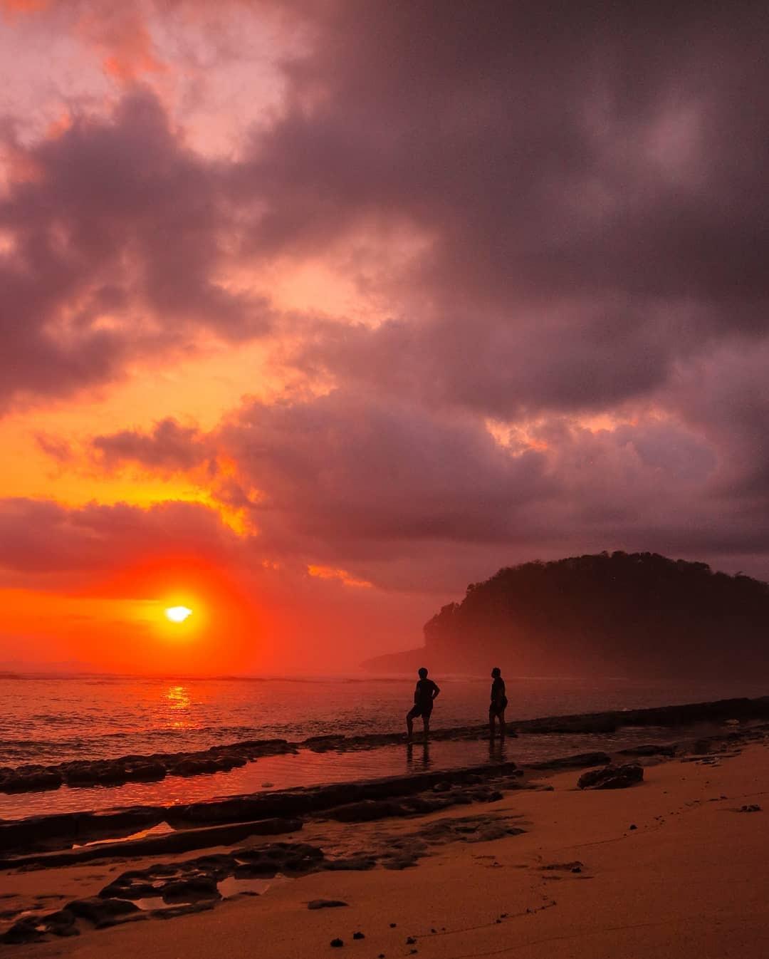 lokasi Pantai Watu Leter