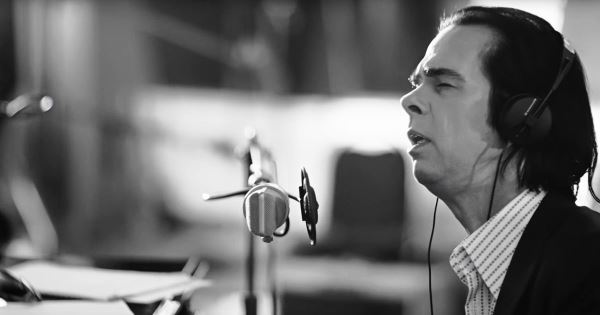 "NICK CAVE & THE BAD SEEDS: Πρεμιέρα για το video του ""Girl In Amber"""