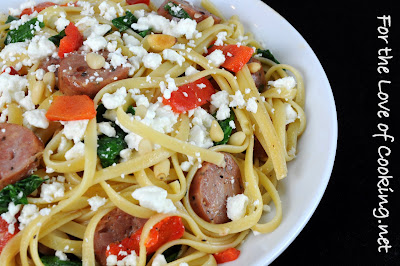 Linguine with Roasted Bell Peppers, Chicken Sausage, Spinach, and Feta