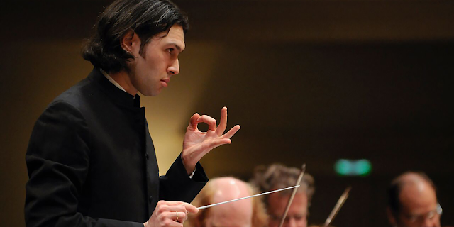 Vladimir Jurowski (Photo Matthias Creutziger)