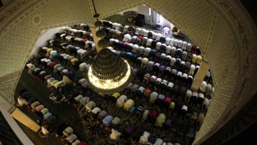 Beda Taqlid dan Ta'ashub
