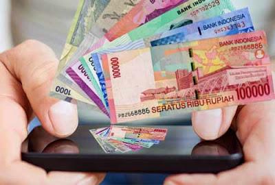 Ilustrasi Mendapatkan Uang Dari Smartphone