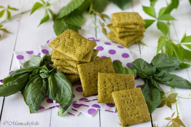 ricetta dei cracker al pesto
