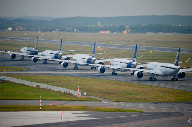 Airbus A350-900 XWB Lined Up