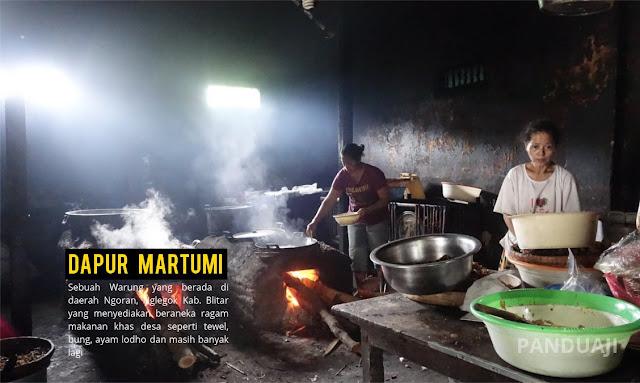 Dapur Warung Mbah Martumi