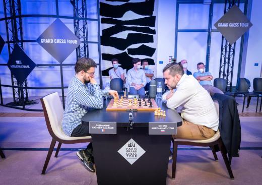 Le numéro 1 des échecs français Maxime Vachier-Lagrave bat Ian Nepomniatchi en 26 coups dans le rapide du Paris Grand Chess Tour 2021 - Photo © Lennart Ootes