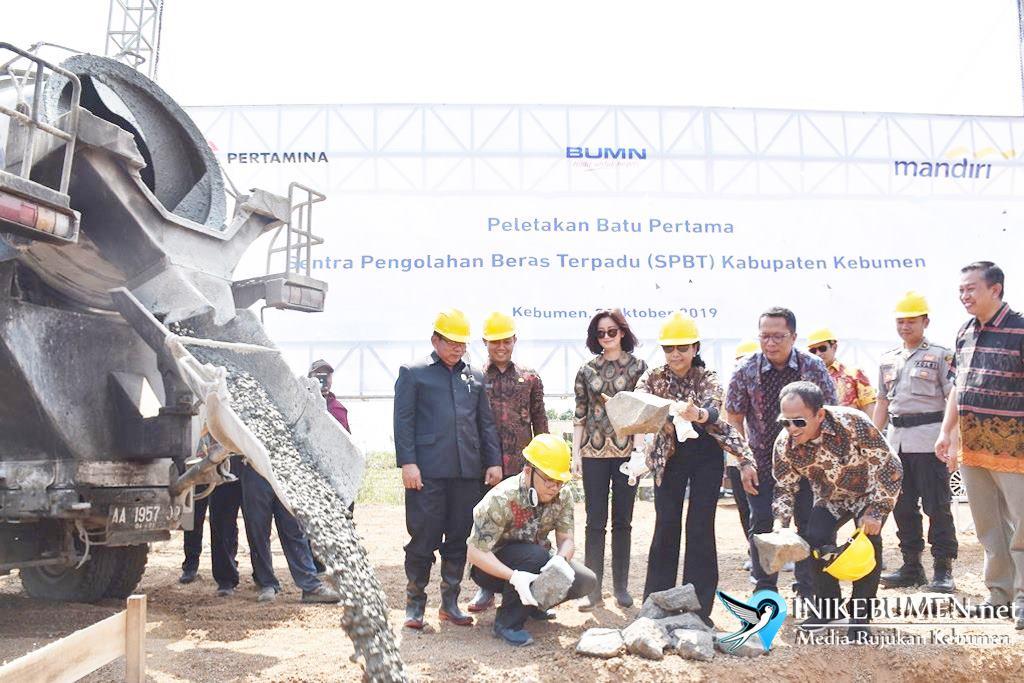 Pertamina dan Bank Mandiri Bangun SPBT Pertama di Jawa Tengah