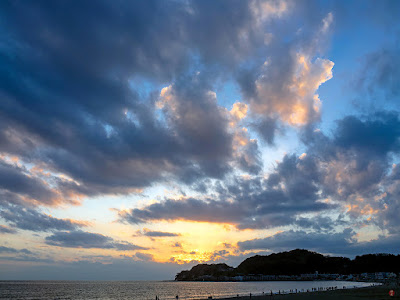 Sunset glow: Yuigahama beach