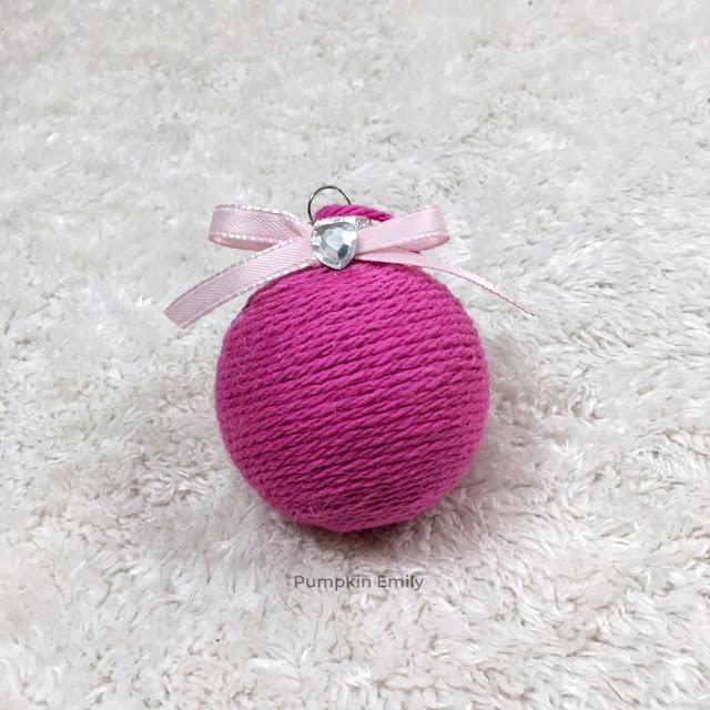 DIY yarn ornament