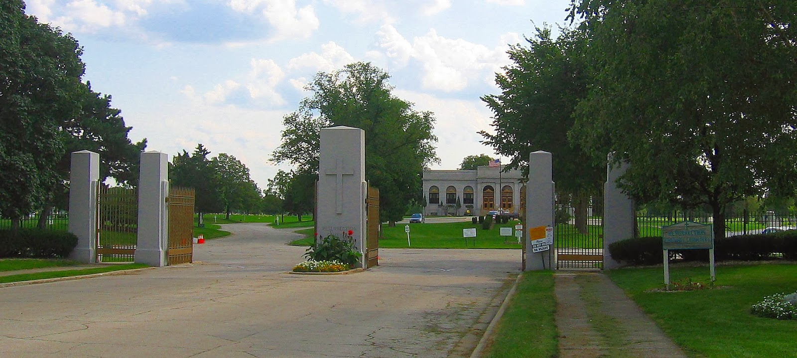 The main gate of Resurrection Cemetery