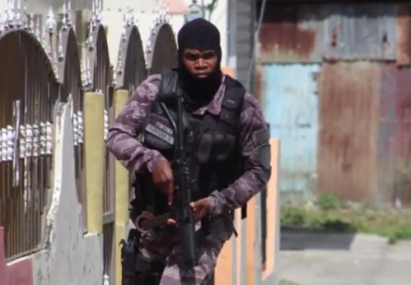 Enfrentamientos en huelga por 48 horas en Salcedo