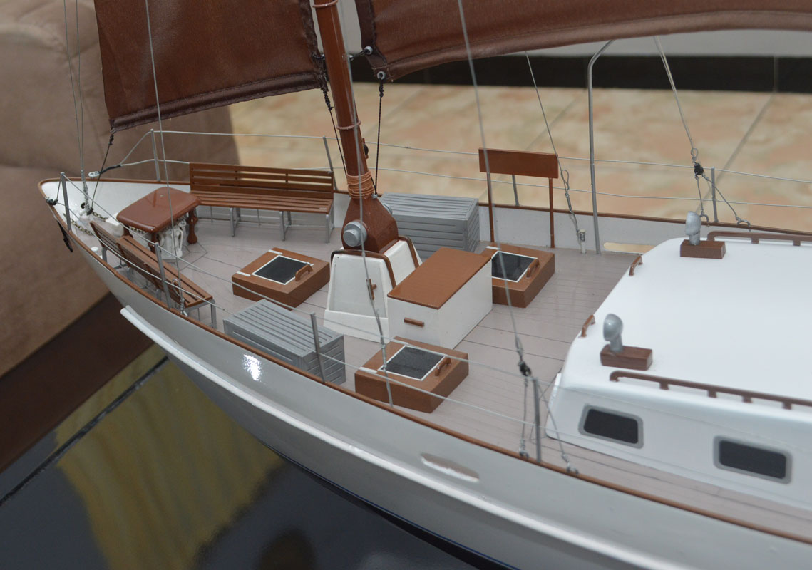 tempat jual miniatur kapal yacht raden mas bergaransisa singapura malaysia