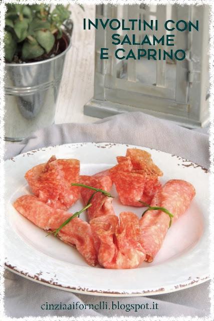 involtini di salame ungherese e caprino