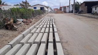 Prefeitura de Baraúna segue trabalho de pavimentação de ruas