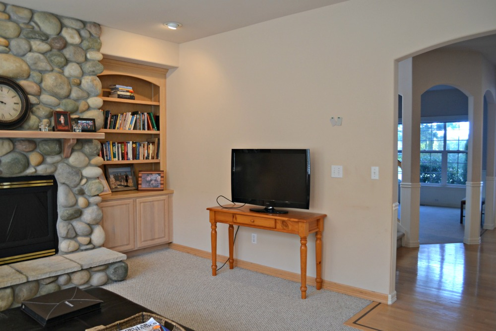 Updating a 90's Living Room in a Model Home - Rachel Teodoro on 90 Room  id=57693