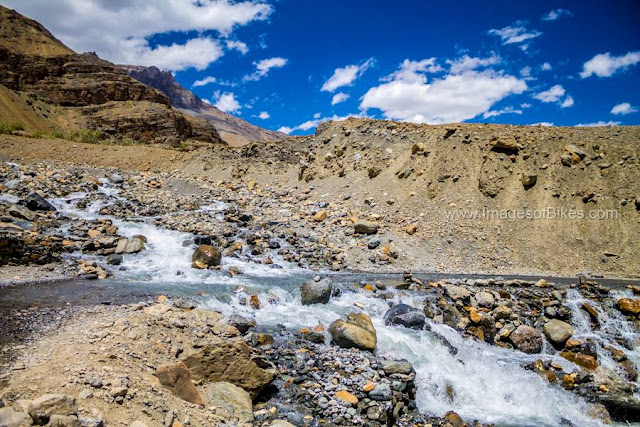 water crossing spiti valley