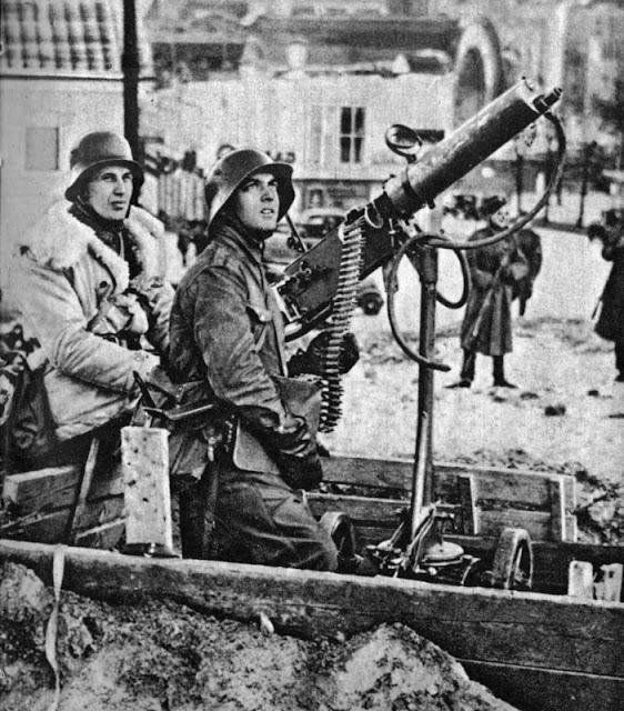 23 December 1939 worldwartwo.filminspector.com Finnish anti-aircraft fun
