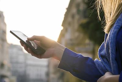 Tips Mengurangi Dampak Berbahaya Radiasi Smartphone