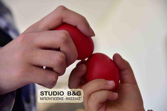 Γιατί βάφουμε σήμερα κόκκινα αυγά και γιατι τα τσουγκρίζουμε ανήμερα το Πάσχα