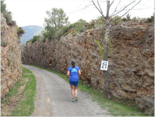 Punto de paso del ecuador, la media maratón.