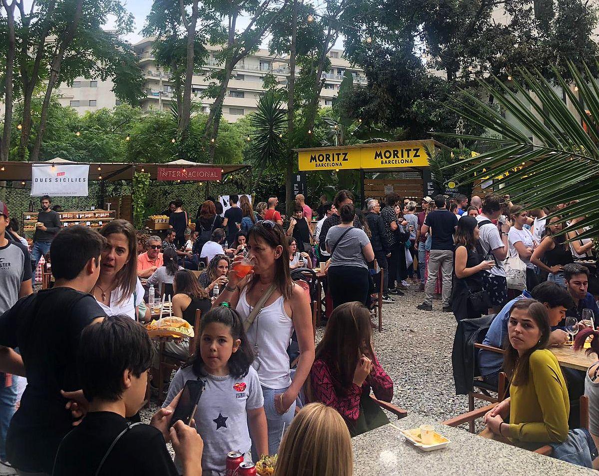 Palo Alto Market Fest inner courtyard