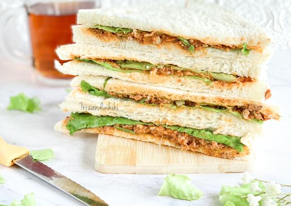 Spicy sarden sandwich