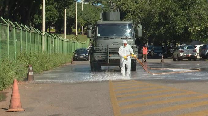 Forças Armadas realizam descontaminação de hospitais em Brasília - Covid-19 Brasil