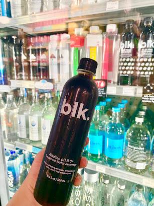 真っ黒な水で医者いらず?アメリカで話題の「blk Water」