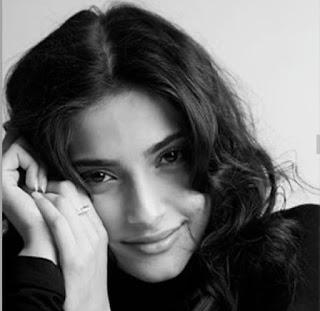 Sonam Kapoor Photos