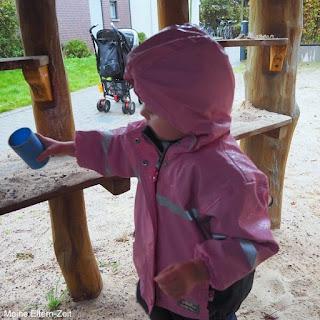 """Mit Kleinkind draußen unterwegs: Unsere liebsten Unternehmungen bei """"schlechtem"""" Wetter"""