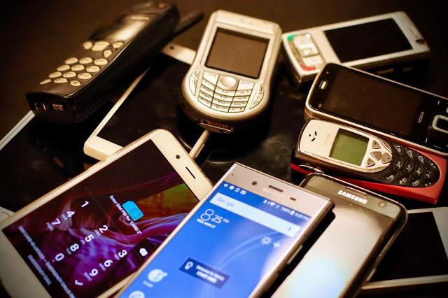 prvi mobilni telefoni